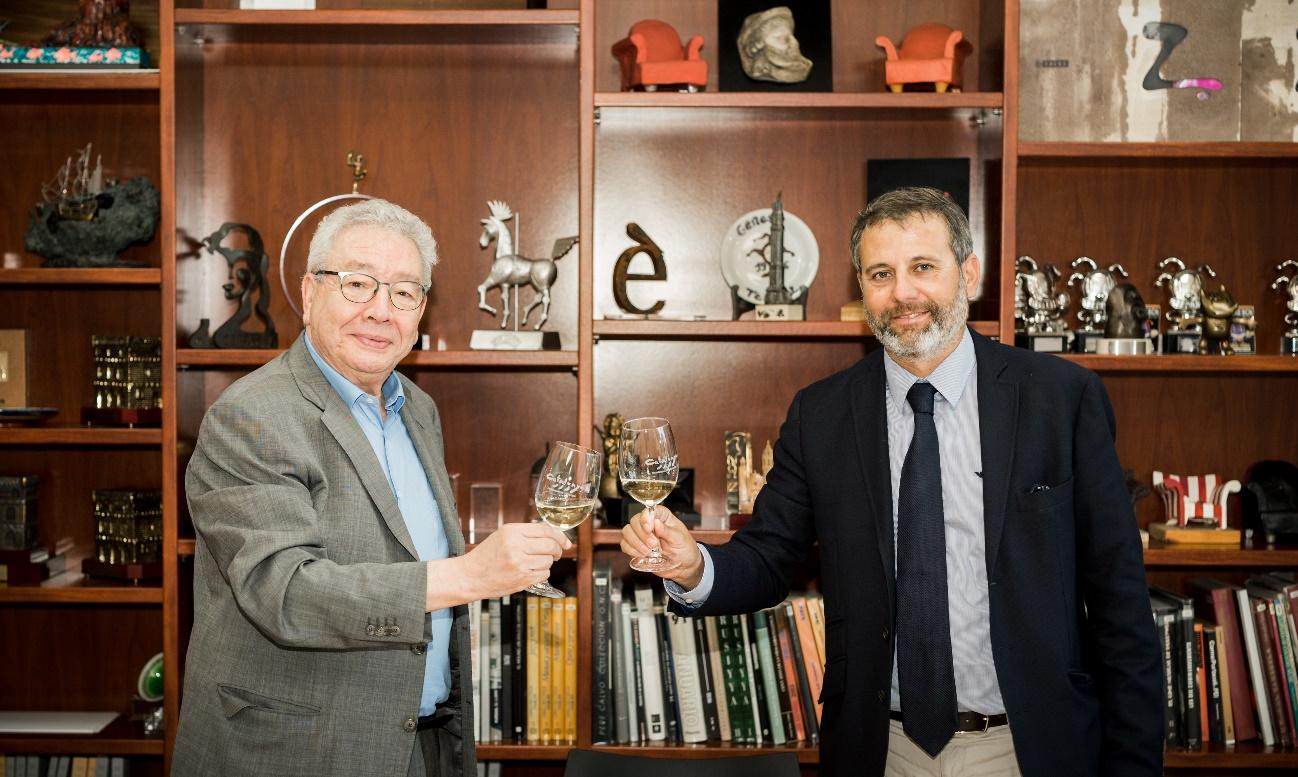 El President del Consell Regulador de la DO Catalunya, Xavier Pié, i el President del Grup Focus, Daniel Martínez de Obregón   DO Catalunya